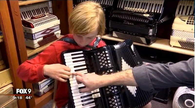 accordion.boy